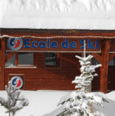 Ski schools in Val Thorens - view of ESF office, place Caron