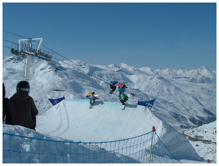 Boardercross competition in Val Thorens